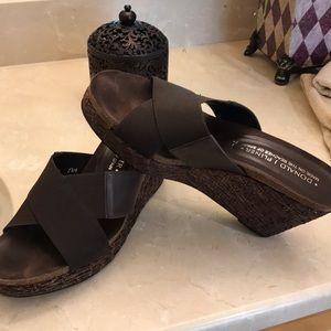 Donald Pliner shoes 7.5